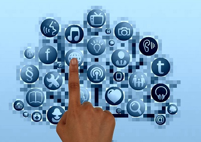 finger-socialmedia400